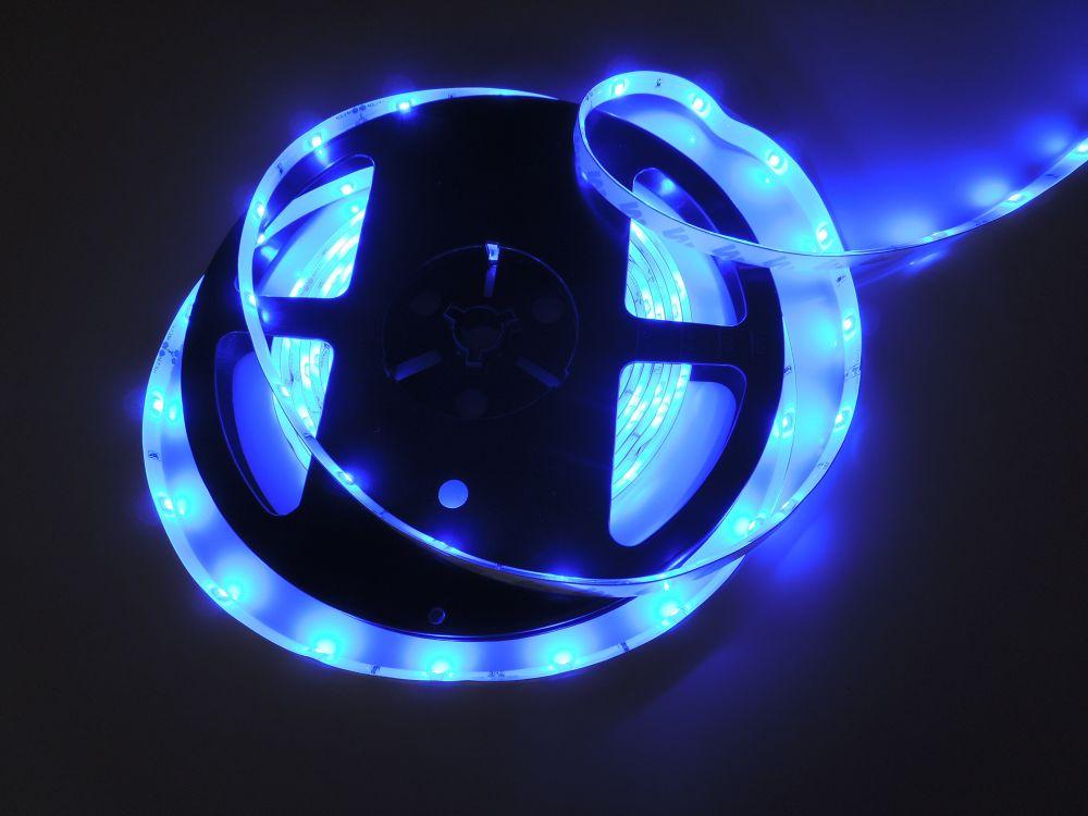LED pásek 3528 60LED IP65 4,8W/ m 24V DC