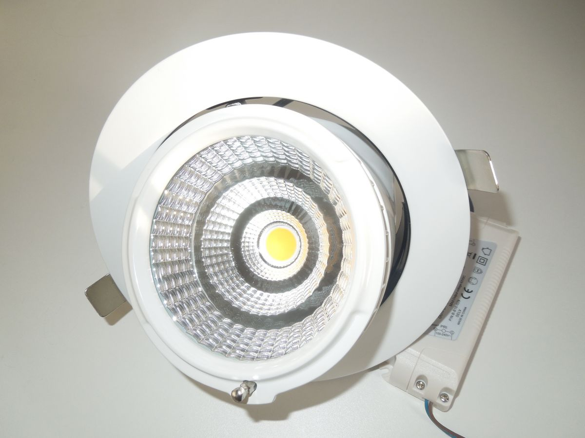 LED podhledové světlo 34W COB otočné naklápěcí